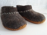 Dark sheep wool slippers, deerskin soles, wool yarn
